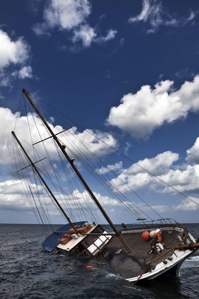 yacht italy broker sergio puddu truffatore yachting fake brokerage puddu-sergio thief
